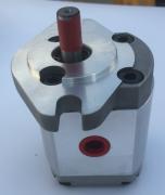 齿轮泵与叶片泵的区别_济